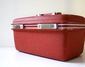 Vintage BRICK Red Samsonite Train Case with Key