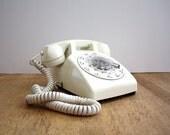 Vintage Winter WHITE  Rotary Phone Display Model