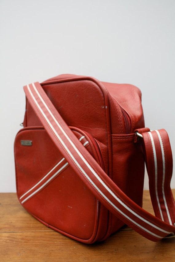 Vintage RUSTY Red Samsonite Concord Shoulder Bag