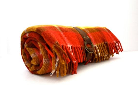 Vintage Colorful Sunburst PLAID Picnic Blanket