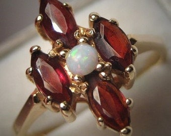 Estate Vintage Australian Opal Garnet Ring 14K Gold