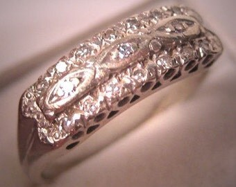 Antique Diamond Wedding Ring Band Vintage Art Deco Estate