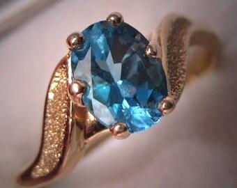 Estate Vintage Blue Topaz Ring 14K Gold Retro Wedding Ring