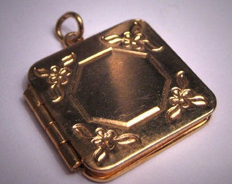 Antique Victorian Locket Vintage Gold Art Deco Floral