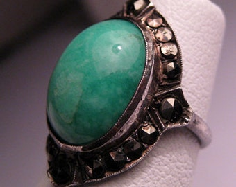 Antique Chinese Jade Ring Victorian Art Deco Vintage