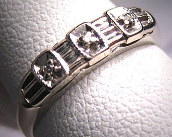 Antique Diamond Wedding Band Vintage Art Deco 14K Gold