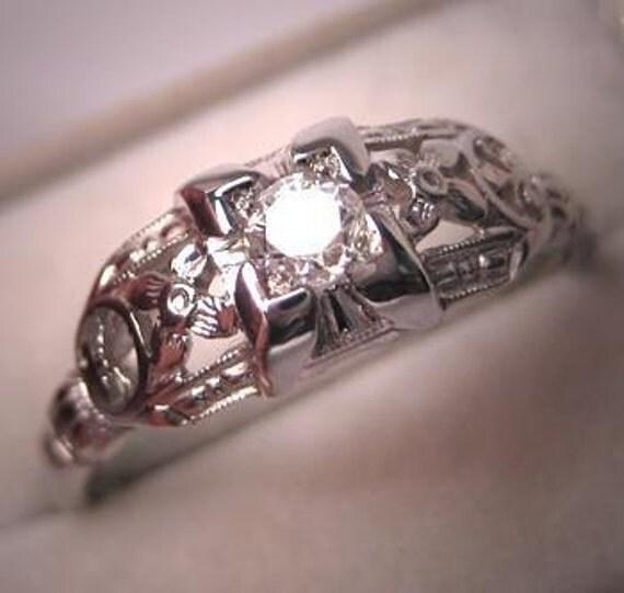 Antique Diamond Wedding Ring Vintage 18K Art Deco Band