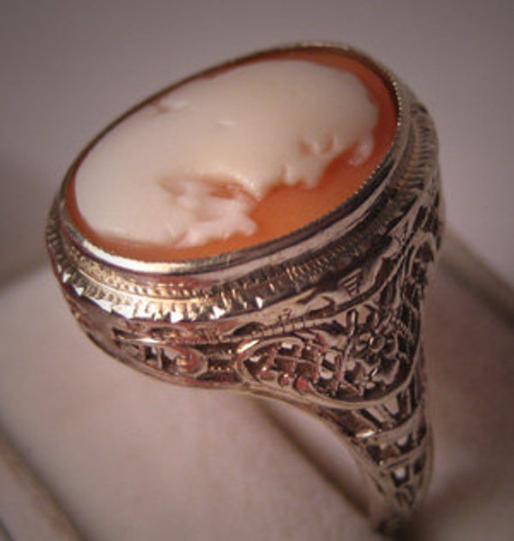 Antique Filigree Ring Cameo White Gold Vintage Art Deco