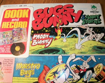 Bugs Bunny 1975 Warner Bros Book and Record featuring Bugs Bunny, Porky Pig, Doc, and Elmer Fudd