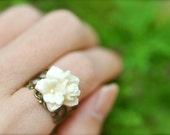 Noel - Flower Cluster Ring