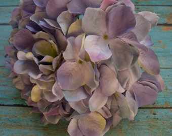 Silk Flowers - One Jumbo Hydrangea Head in Shades of Lavender and Purple - FABULOUS -Artificial Flowers