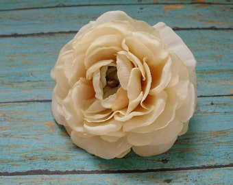 Silk Flowers - One Silk Ranunculus in Ivory with Taupe Accents - 3.75 Inches - Artificial Flowers