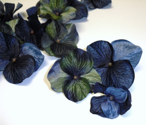 One Set of 20 Jumbo Hydrangea Blossoms in Shades of Blue and Green