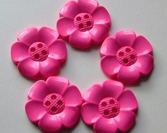 Lot of 5 Extra Large Flower Buttons - Pink