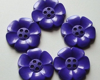 Lot of 5 Extra Large Flower Buttons - Purple