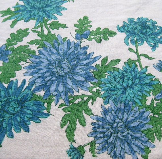 Beautiful Blue Blossoms - Vintage Linen Chrysanthemum Print Tablecloth - Vivid Bright Mid Century Turquoise Teal Colorful Party Flowers
