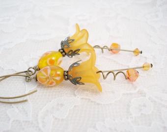 Golden Yellow Flower Earrings, Antique Brass, Vintage Style, Lucite Flowers Beaded Earrings