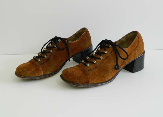 1960s Oxford Shoes Brown Suede Heels Size 8
