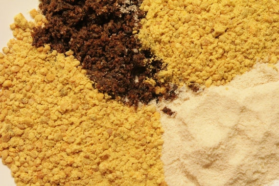 LGRS Powder Pack with Trader Darwin's Soy Powder, Bee Pollen, and Dehydrated Fly Pupa Sugar Glider Diet Plan