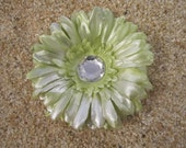 SHIMMER mint green daisy FLOWER  hair clip GERBER