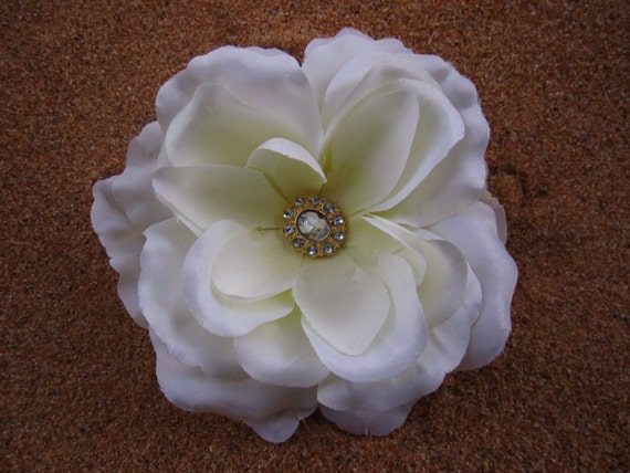 Off white rose flower hair clip or brooach pin
