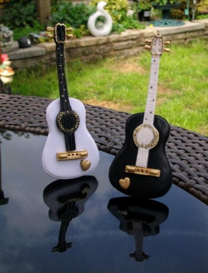 guitar wedding cake toppers guitar cake toppers by 2sweetformedear on etsy 15019