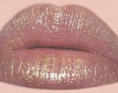 GOLD DUST Moisturizing Lip Glaze - Your Choice of Flavors - Give Your Lips A Beautiful Splash Of Golden Highlights And A Super Glossy Shine - VEGAN Friendly