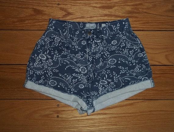 Vintage Republic Jeans Denim Shorts High Waist Flower Power  SIZE 3/4   Priority Shipping