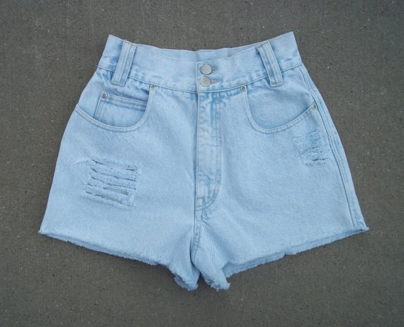 Vintage Nuovo Jeans Denim Shorts High Waist Distressed Cut Offs US Size 2/3/4  Priority Shipping