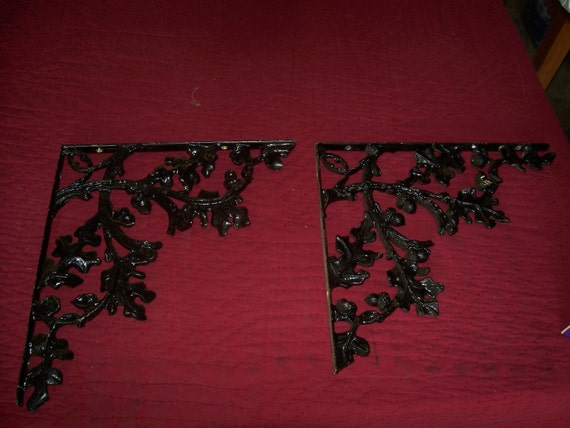 Antique Black Cast Iron Oak Leaf and Acorn Shelving Brackets