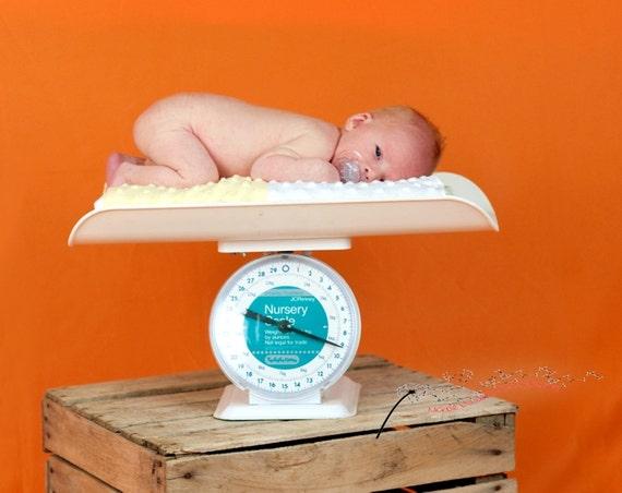 10x10 Photography Backdrop...SOLID ORANGE...Machine Wash/Dry..wrinkle resistant