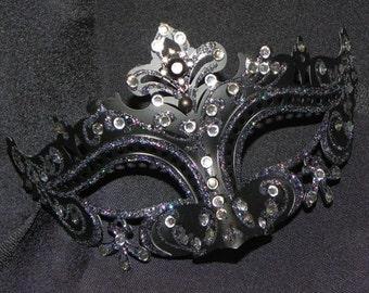 Black Capri Masquerade Mask