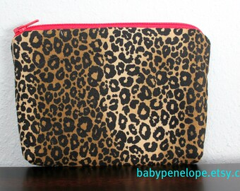 Padded Cosmetic Bag/ Gadget Case - Leopard/ Red