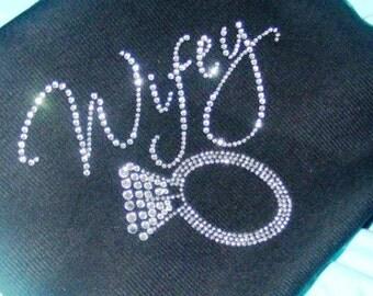 Wifey Zip Up Hoodie. Personalized Bride Zip Up Hoodie. Bride to Be Gift. Bride To Be Hoodie. Bridal Shower Gift. Bride sweatshirt. Wedddings