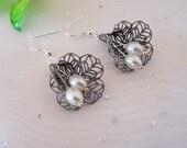 Free shipping- Bridal earrings