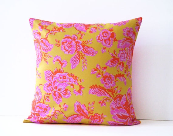 honey child / decorative throw pillow cover / reversible 18 x 18 / pink / yellow / dorm decor