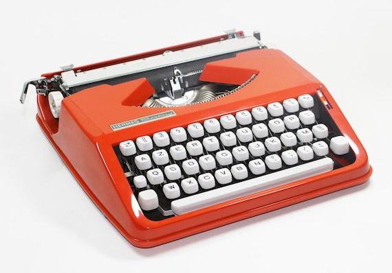 hermes--baby--rocket--typewriter--60s