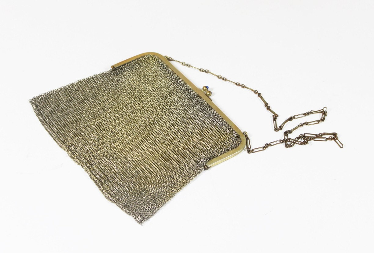 Gold Mail: VIntage Mesh Chain-Mail Gold Tone Purse By BrooklynRetro