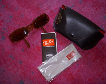 SALE Vintage Ray Ban Sunglasses With Case Ladies Caramel and Brown Original Case Pamphlet and Cloth