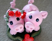 Wedding Cake Topper, Pigs, Personalized Polymer Clay Pigs in Love Wedding/Anniversary Keepsake - trinasclaycreations