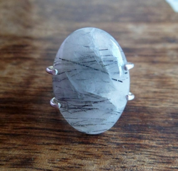 Tourmalinated quartz and sterling silver ring. Adjustable.