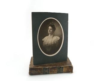 Vintage portrait - Edwardian woman 1900s