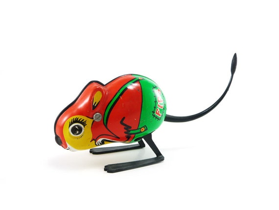 Fips - vintage jumping mouse wind up toy