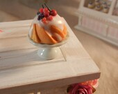 Dollhouse Minature - Pound Cake with Vanilla Frosting and Berries - 1/12th Scale