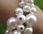 Vintage Faux Cream Ivory Pearl Silver Tone Bracelet