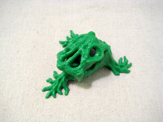 Vintage Swamp Thing Monster Trap