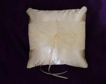 ivory lace on ivory vintage look personlised ring bearer pillow