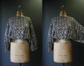 Sequin Top  / Vintage 80s Batwing Gold Sequin Metallic Top