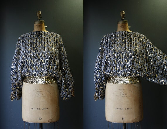 Sequin Top  / Vintage 80s Batwing Gold Sequin Metallic Top