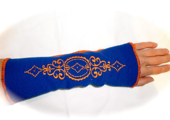 Pair bohemian colorful blue ruffled arm warmers